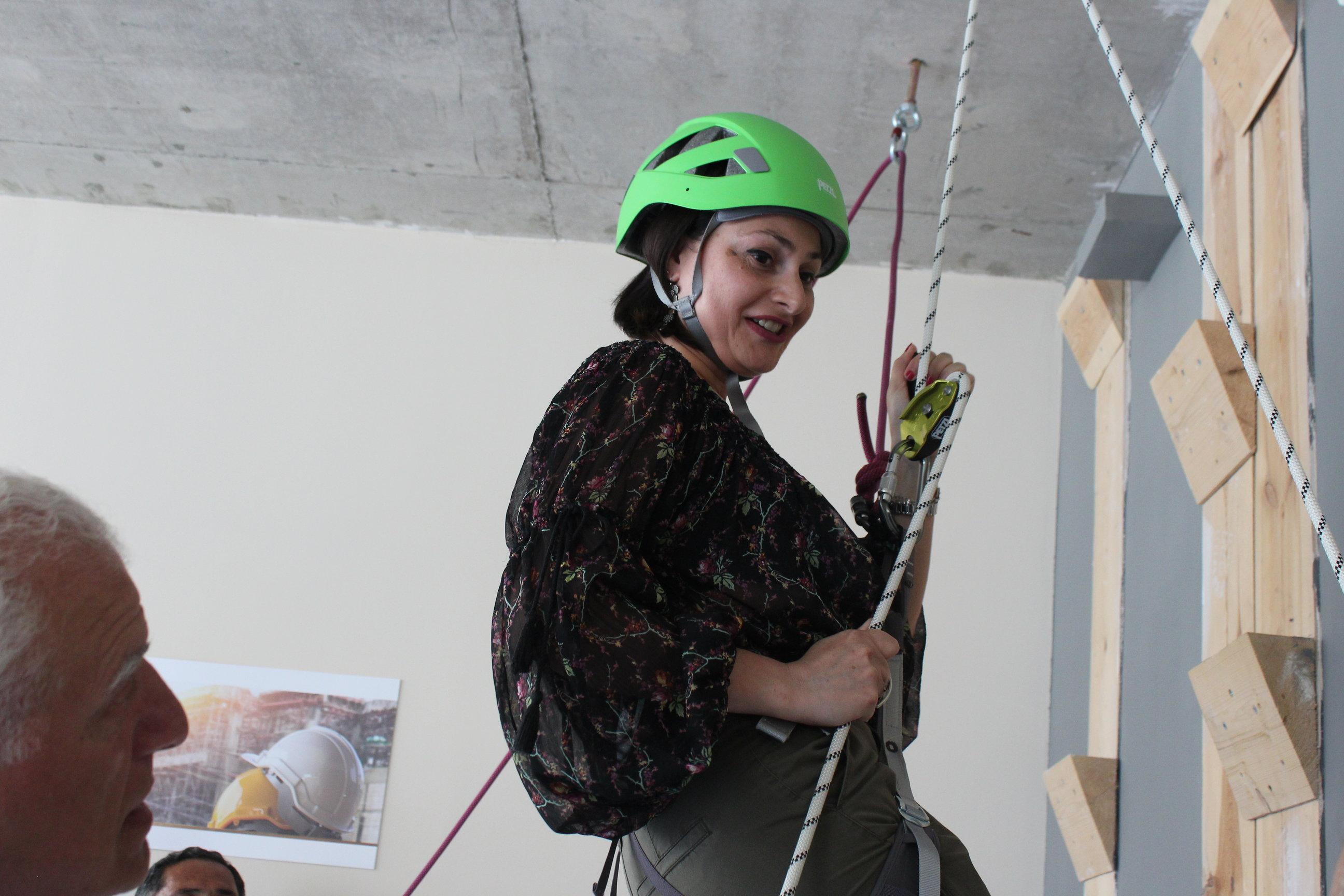 სიმაღლეზე უსაფრთხოდ მუშაობის პრაქტიკა შრომის უსაფრთხოების სპეციალისტებისთვის